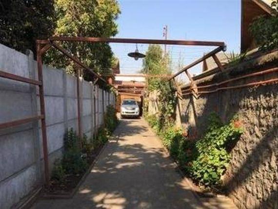 Maravillosa casa  calle Paraguay sector de Rojas Magallanes