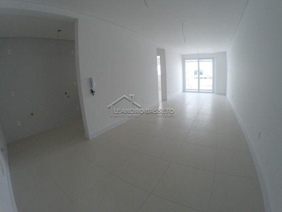 """Apartamento com 1 quarto e Vagas, Florianópolis, <span itemprop=""""addressLocality"""">Ingleses</span>, por <span itemscope="""""""" itemtype=""""http://schema.org/TradeAction""""><span itemprop=""""price"""">R$ 330.000</span></span>"""