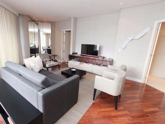 """Apartamento com 1 quarto e Suites, São Paulo, <span itemprop=""""addressLocality"""">Itaim Bibi</span>, por <span itemscope="""""""" itemtype=""""http://schema.org/TradeAction""""><span itemprop=""""price"""">R$ 2.300.000</span></span>"""