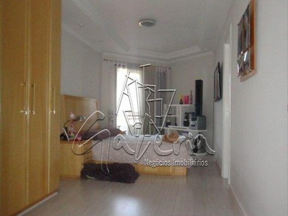 """Apartamento com 3 quartos e Jardim, São Caetano do Sul, <span itemprop=""""addressLocality"""">Santa Paula</span>, por <span itemscope="""""""" itemtype=""""http://schema.org/TradeAction""""><span itemprop=""""price"""">R$ 852.000</span></span>"""