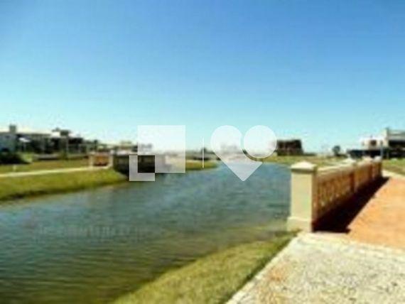 "Casa com Jardim, Capão da Canoa, <span itemprop=""addressLocality"">Centro</span>, por <span itemscope="""" itemtype=""http://schema.org/TradeAction""><span itemprop=""price"">R$ 889.000</span></span>"