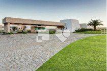 "Casa com Jardim, Capão da Canoa, <span itemprop=""addressLocality"">Centro</span>, por <span itemscope="""" itemtype=""http://schema.org/TradeAction""><span itemprop=""price"">R$ 380.000</span></span>"