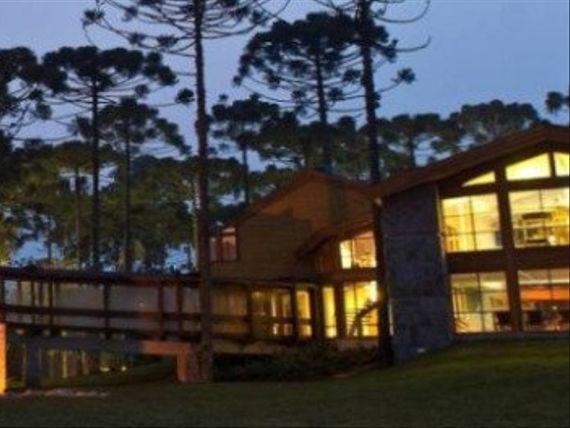 "Casa com Quadra tenis, Rio Grande do Sul, <span itemprop=""addressLocality"">Gramado</span>, por <span itemscope="""" itemtype=""http://schema.org/TradeAction""><span itemprop=""price"">R$ 745.000</span></span>"