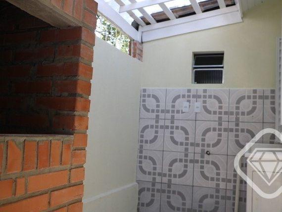 "Casa com 3 quartos e Jardim, Porto Alegre, <span itemprop=""addressLocality"">Vila Nova</span>, por <span itemscope="""" itemtype=""http://schema.org/TradeAction""><span itemprop=""price"">R$ 259.000</span></span>"