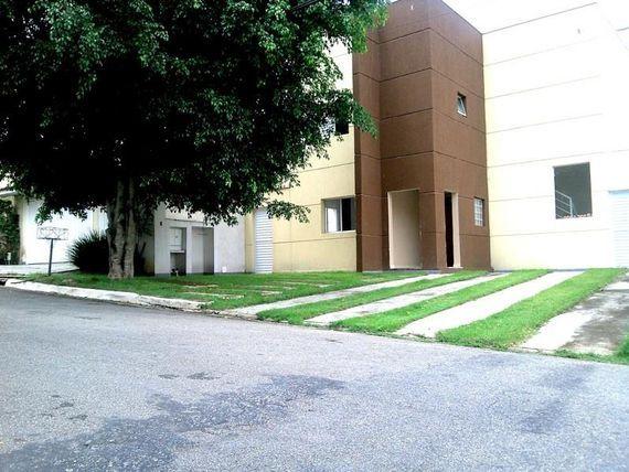 "Casa com 4 dormitórios à venda, 150 m² por <span itemscope="""" itemtype=""http://schema.org/TradeAction""><span itemprop=""price"">R$ 850.000</span></span>- Granja Viana - <span itemprop=""addressLocality"">Cotia</span>/SP"