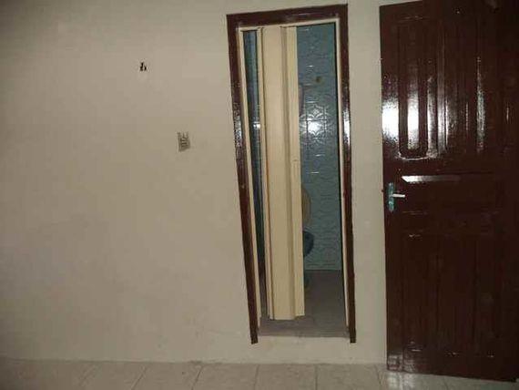 "Casa com 2 dormitórios para alugar, 50 m² por <span itemscope="""" itemtype=""http://schema.org/TradeAction""><span itemprop=""price"">R$ 709</span></span>/mês - <span itemprop=""addressLocality"">Álvaro Weyne</span> - Fortaleza/CE"