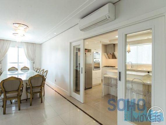 "Apartamento Duplex  residencial à venda, <span itemprop=""addressLocality"">Centro</span>, Balneário Camboriú."