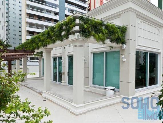 """Apartamento mobiliado e decorado à venda, <span itemprop=""""addressLocality"""">Centro</span>, Balneário Camboriú."""