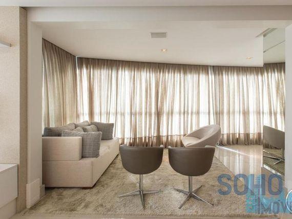 """Apartamento mobiliado à venda, <span itemprop=""""addressLocality"""">Centro</span>, Balneário Camboriú."""