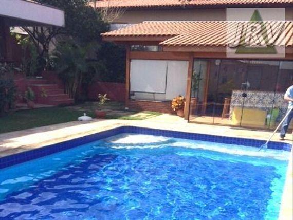 Casa Maravilhosa 04 Suítes na Melhor Localização da Granja Viana.
