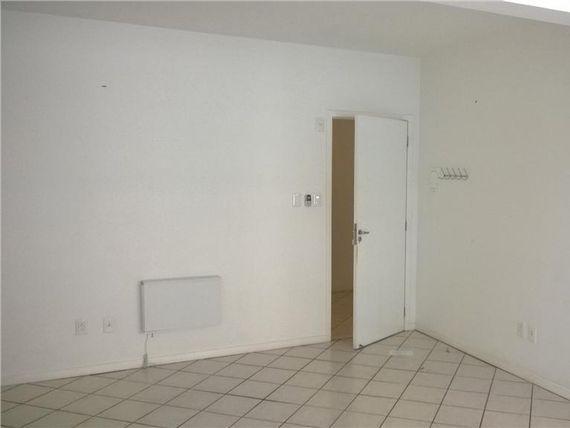 """Sala comercial à venda, <span itemprop=""""addressLocality"""">Trindade</span>, Florianópolis - SA0027."""