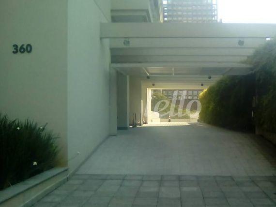 "Escritório com Salas na <span itemprop=""streetAddress"">Rua Vergueiro</span>, São Paulo, <span itemprop=""addressLocality"">Liberdade</span>, por <span itemscope="""" itemtype=""http://schema.org/TradeAction""><span itemprop=""price"">R$ 2.500</span></span>"