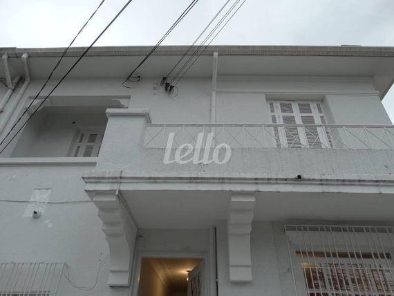 """Escritório com 6 Salas na <span itemprop=""""streetAddress"""">Rua Joaquim Távora</span>, São Paulo, <span itemprop=""""addressLocality"""">Vila Mariana</span>, por <span itemscope="""""""" itemtype=""""http://schema.org/TradeAction""""><span itemprop=""""price"""">R$ 8.000</span></span>"""