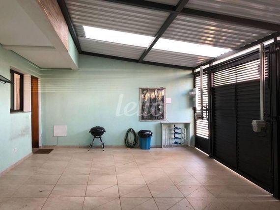 """Apartamento com 2 quartos e Suites na <span itemprop=""""streetAddress"""">Rua Porto Alegre</span>, Santo André, <span itemprop=""""addressLocality"""">Vila Assunção</span>, por <span itemscope="""""""" itemtype=""""http://schema.org/TradeAction""""><span itemprop=""""price"""">R$ 300.000</span></span>"""
