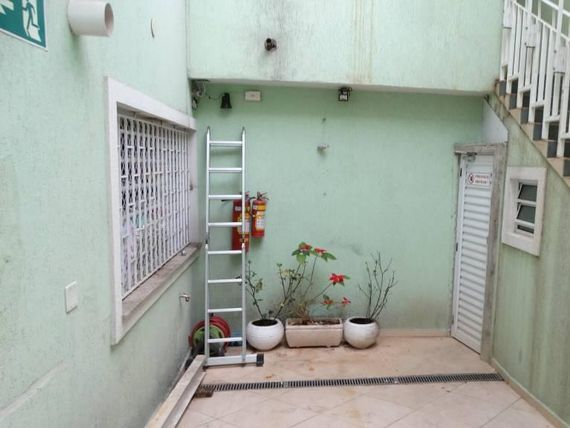 "Escritório com Vagas na <span itemprop=""streetAddress"">Rua Santa Eulália</span>, São Paulo, <span itemprop=""addressLocality"">Santana</span>, por <span itemscope="""" itemtype=""http://schema.org/TradeAction""><span itemprop=""price"">R$ 1.100.000</span></span>"