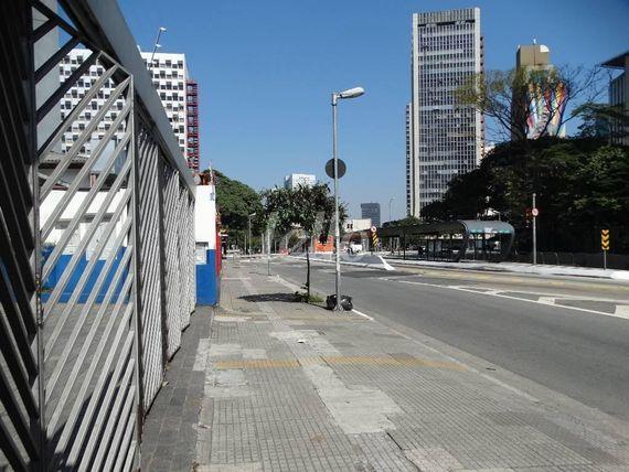 "Escritório com 4 banheiros na <span itemprop=""streetAddress"">Av. Rebouças</span>, São Paulo, <span itemprop=""addressLocality"">Pinheiros</span>, por <span itemscope="""" itemtype=""http://schema.org/TradeAction""><span itemprop=""price"">R$ 60.000</span></span>"