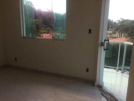 """Fazenda com 3 quartos e 4 Vagas, Minas Gerais, <span itemprop=""""addressLocality"""">Esmeraldas</span>, por <span itemscope="""""""" itemtype=""""http://schema.org/TradeAction""""><span itemprop=""""price"""">R$ 480.000</span></span>"""