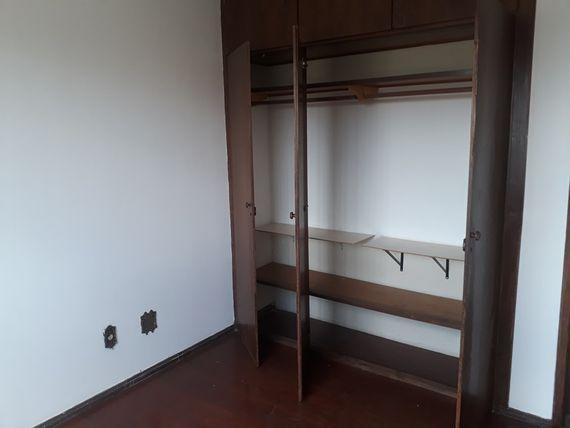 "Apartamento com 3 quartos e Portao eletronico, Belo Horizonte, <span itemprop=""addressLocality"">Coração Eucarístico</span>, por <span itemscope="""" itemtype=""http://schema.org/TradeAction""><span itemprop=""price"">R$ 330.000</span></span>"