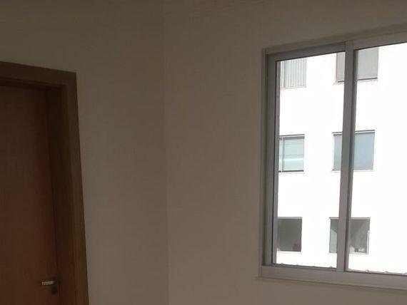 """Apartamento com 3 quartos e Area privativa, Belo Horizonte, <span itemprop=""""addressLocality"""">Planalto</span>, por <span itemscope="""""""" itemtype=""""http://schema.org/TradeAction""""><span itemprop=""""price"""">R$ 431.990</span></span>"""