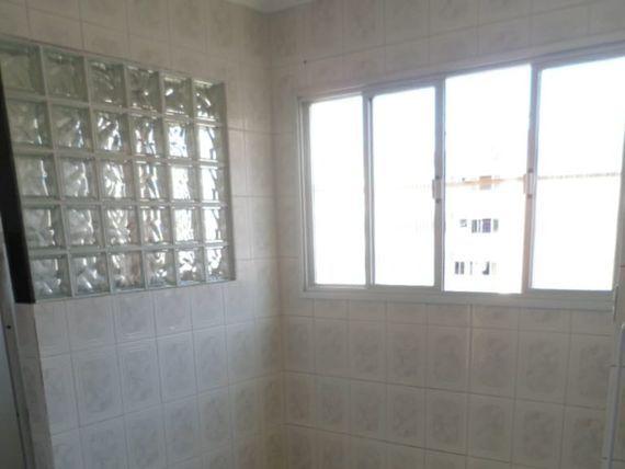 """Apartamento com 2 quartos e Portao eletronico, Espírito Santo, <span itemprop=""""addressLocality"""">Vila Velha</span>, por <span itemscope="""""""" itemtype=""""http://schema.org/TradeAction""""><span itemprop=""""price"""">R$ 180.000</span></span>"""