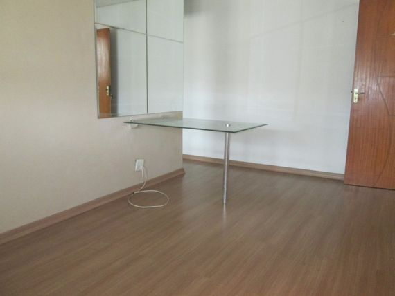 """Apartamento com 2 quartos e Portao eletronico, Vila Velha, <span itemprop=""""addressLocality"""">Praia da Costa</span>, por <span itemscope="""""""" itemtype=""""http://schema.org/TradeAction""""><span itemprop=""""price"""">R$ 165.000</span></span>"""