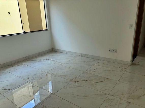 """Apartamento com 2 quartos e Area privativa, Belo Horizonte, <span itemprop=""""addressLocality"""">Castelo</span>, por <span itemscope="""""""" itemtype=""""http://schema.org/TradeAction""""><span itemprop=""""price"""">R$ 359.000</span></span>"""