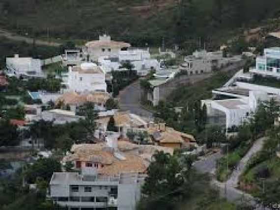 "Terreno com Possui divida, Minas Gerais, <span itemprop=""addressLocality"">Nova Lima</span>, por <span itemscope="""" itemtype=""http://schema.org/TradeAction""><span itemprop=""price"">R$ 1.950.000</span></span>"