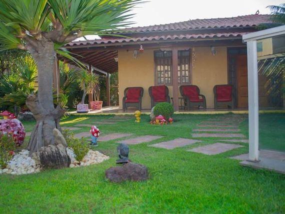 """Chácara com 4 quartos e Armario cozinha, Minas Gerais, <span itemprop=""""addressLocality"""">Sarzedo</span>, por <span itemscope="""""""" itemtype=""""http://schema.org/TradeAction""""><span itemprop=""""price"""">R$ 1.350.000</span></span>"""