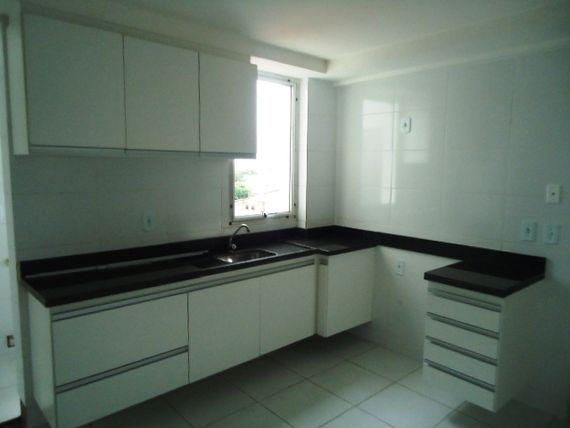 """Apartamento com 3 quartos e Varanda, Vila Velha, <span itemprop=""""addressLocality"""">Praia de Itaparica</span>, por <span itemscope="""""""" itemtype=""""http://schema.org/TradeAction""""><span itemprop=""""price"""">R$ 1.450</span></span>"""
