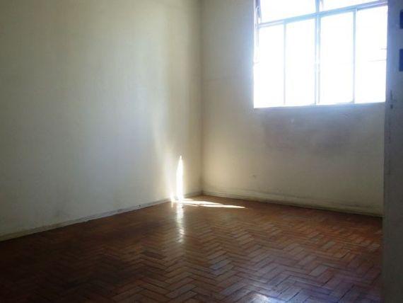"""Apartamento com 2 quartos e 5 Unidades andar, Belo Horizonte, <span itemprop=""""addressLocality"""">Santa Efigênia</span>, por <span itemscope="""""""" itemtype=""""http://schema.org/TradeAction""""><span itemprop=""""price"""">R$ 225.000</span></span>"""