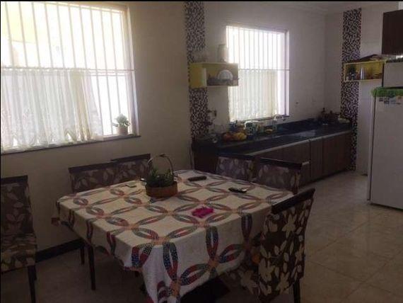 """Casa com 3 quartos e Varanda, Minas Gerais, <span itemprop=""""addressLocality"""">Belo Horizonte</span>, por <span itemscope="""""""" itemtype=""""http://schema.org/TradeAction""""><span itemprop=""""price"""">R$ 1.090.000</span></span>"""
