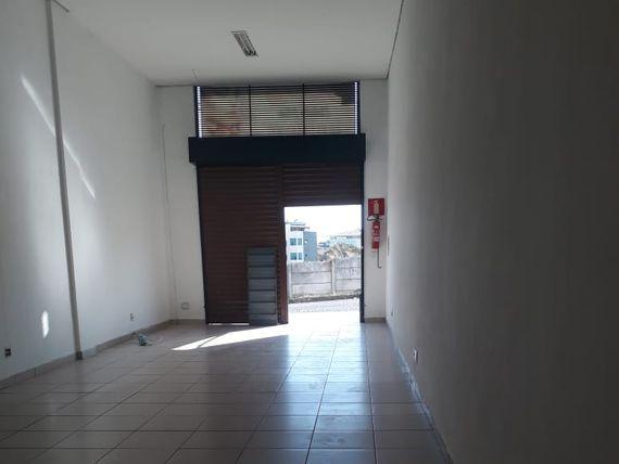 "Comercial com Salas, Minas Gerais, <span itemprop=""addressLocality"">Contagem</span>, por <span itemscope="""" itemtype=""http://schema.org/TradeAction""><span itemprop=""price"">R$ 1.000</span></span>"