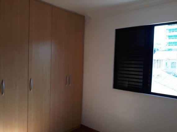 """Apartamento com 4 quartos e Varanda, Belo Horizonte, <span itemprop=""""addressLocality"""">Padre Eustáquio</span>, por <span itemscope="""""""" itemtype=""""http://schema.org/TradeAction""""><span itemprop=""""price"""">R$ 700.000</span></span>"""