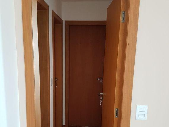 """Apartamento com 3 quartos e Salas, Belo Horizonte, <span itemprop=""""addressLocality"""">Serrano</span>, por <span itemscope="""""""" itemtype=""""http://schema.org/TradeAction""""><span itemprop=""""price"""">R$ 470.000</span></span>"""
