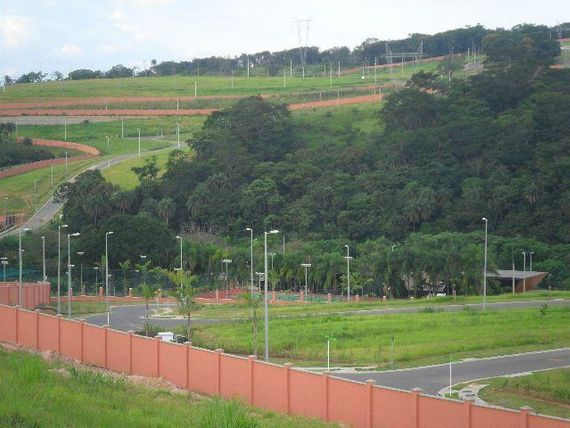 "Terreno com Possui divida, Minas Gerais, <span itemprop=""addressLocality"">Vespasiano</span>, por <span itemscope="""" itemtype=""http://schema.org/TradeAction""><span itemprop=""price"">R$ 270.000</span></span>"