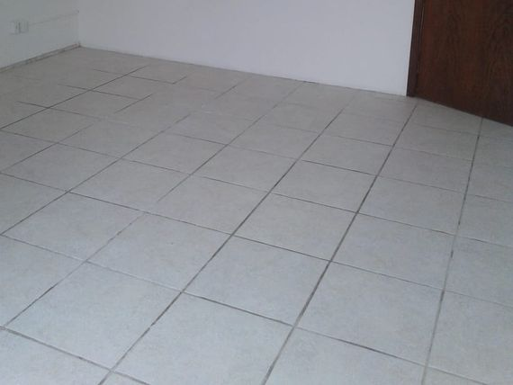 "Comercial com Jardim, Belo Horizonte, <span itemprop=""addressLocality"">Funcionários</span>, por <span itemscope="""" itemtype=""http://schema.org/TradeAction""><span itemprop=""price"">R$ 1.980</span></span>"