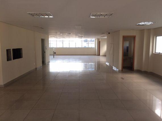 "Apartamento com Interfone, Belo Horizonte, <span itemprop=""addressLocality"">Funcionários</span>, por <span itemscope="""" itemtype=""http://schema.org/TradeAction""><span itemprop=""price"">R$ 9.000</span></span>"