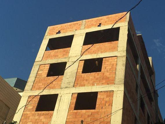 """Apartamento com 3 quartos e Vagas, Minas Gerais, <span itemprop=""""addressLocality"""">Belo Horizonte</span>, por <span itemscope="""""""" itemtype=""""http://schema.org/TradeAction""""><span itemprop=""""price"""">R$ 339.000</span></span>"""