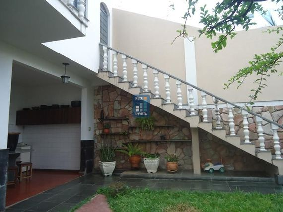 """Casa com 3 quartos e Varanda, Minas Gerais, <span itemprop=""""addressLocality"""">Belo Horizonte</span>, por <span itemscope="""""""" itemtype=""""http://schema.org/TradeAction""""><span itemprop=""""price"""">R$ 1.000.000</span></span>"""