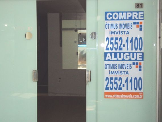 "Comercial com Salas, Belo Horizonte, <span itemprop=""addressLocality"">São Bento</span>, por <span itemscope="""" itemtype=""http://schema.org/TradeAction""><span itemprop=""price"">R$ 700</span></span>"