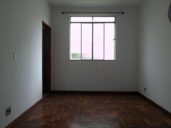 "Apartamento com 2 quartos e Wc empregada, Belo Horizonte, <span itemprop=""addressLocality"">Padre Eustáquio</span>, por <span itemscope="""" itemtype=""http://schema.org/TradeAction""><span itemprop=""price"">R$ 240.000</span></span>"
