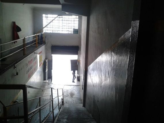 "Comercial com Possui divida, Belo Horizonte, <span itemprop=""addressLocality"">Centro</span>, por <span itemscope="""" itemtype=""http://schema.org/TradeAction""><span itemprop=""price"">R$ 490.000</span></span>"