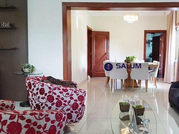 """Casa com 4 quartos e Portao eletronico, Belo Horizonte, <span itemprop=""""addressLocality"""">Ouro Preto</span>, por <span itemscope="""""""" itemtype=""""http://schema.org/TradeAction""""><span itemprop=""""price"""">R$ 1.320.000</span></span>"""
