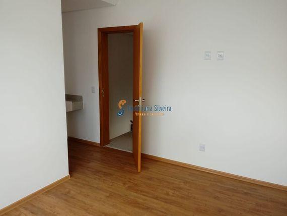 """Casa com 3 quartos e Varanda, Minas Gerais, <span itemprop=""""addressLocality"""">Belo Horizonte</span>, por <span itemscope="""""""" itemtype=""""http://schema.org/TradeAction""""><span itemprop=""""price"""">R$ 650.000</span></span>"""