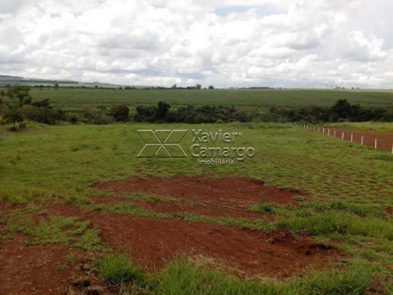 "Terreno com Aceita negociacao na <span itemprop=""streetAddress"">Sp 316 - Constantino Peruchi</span>, São Paulo, <span itemprop=""addressLocality"">Santa Gertrudes</span>, por <span itemscope="""" itemtype=""http://schema.org/TradeAction""><span itemprop=""price"">R$ 2.000.000</span></span>"