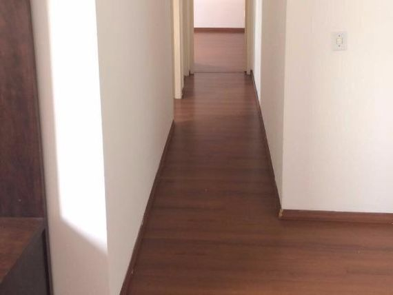 "Apartamento 1 km do metrô <span itemprop=""addressLocality"">Tatuapé</span> - <span itemscope="""" itemtype=""http://schema.org/TradeAction""><span itemprop=""price"">R$ 335.000</span></span>"