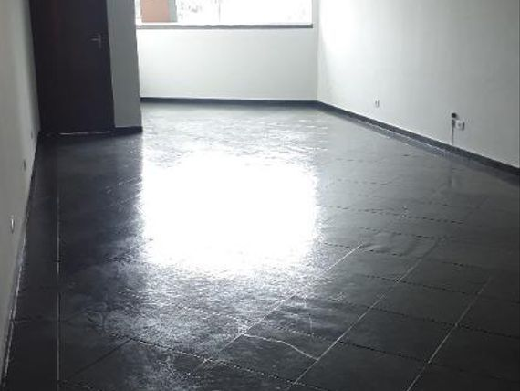 """Sala Comercial ao Lado da Estação de <span itemprop=""""addressLocality"""">Presidente Altino</span>"""