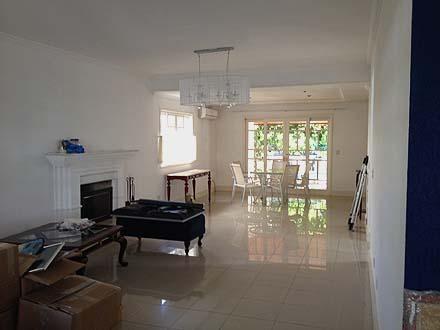 """Sobrado com 4 dormitórios à venda, 280 m² por <span itemscope="""""""" itemtype=""""http://schema.org/TradeAction""""><span itemprop=""""price"""">R$ 1.400.000</span></span>- <span itemprop=""""addressLocality"""">Urbanova</span> - São José dos Campos/SP"""