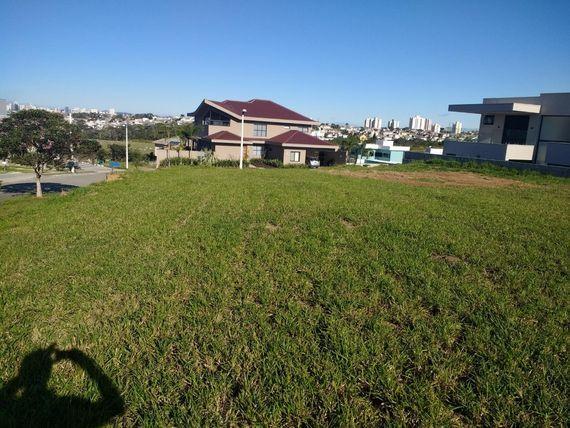 "Terreno residencial à venda, <span itemprop=""addressLocality"">Urbanova</span>, São José dos Campos."