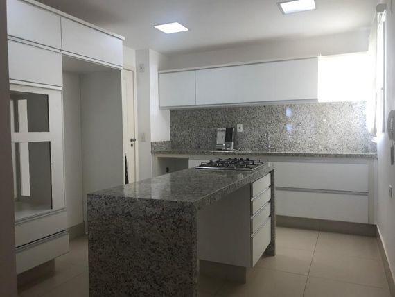 """Apartamento com 3 dormitórios à venda, 104 m² por <span itemscope="""""""" itemtype=""""http://schema.org/TradeAction""""><span itemprop=""""price"""">R$ 900.000</span></span>- <span itemprop=""""addressLocality"""">Bom Jardim</span> - São José do Rio Preto/SP"""